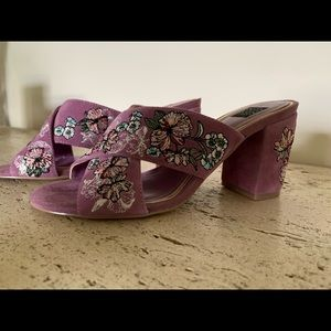 WHBM Zuri Floral Embroidered heeled Mule